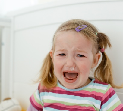 What to do when your child throws a tantrum in public?